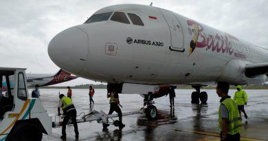 Ditengah Kondisi Hujan, Evakuasi Pesawat Batik Air ID 6803 Berhasil Dilakukan